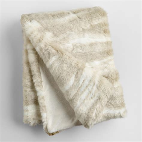 fellimitat decke cost plus world market ivory faux fur throw white