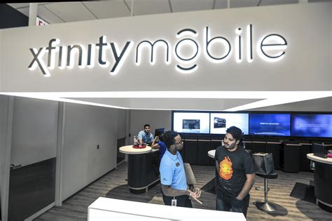 new mobile store comcast launches mobile phone service with kiosks in 6