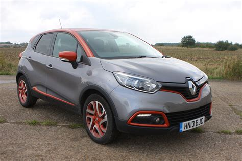 renault captur renault captur 4x4 2013 features equipment and