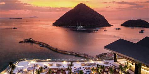 labuan bajo hotel ayana komodo resort waecicu beach