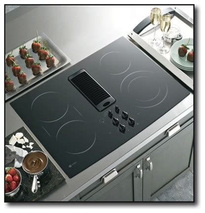 fan for induction cooktop pp989dnbb 30 quot smoothtop electric downdraft cooktop with 400 cfm 3 speed fan 4 contemporary