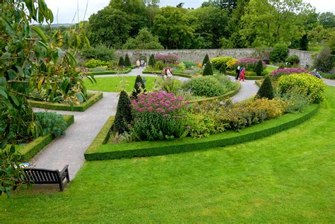 Www Garden Aberglasney Gardens