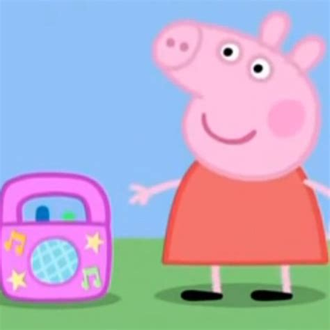 Peppa Pig Meme - peppa pig quot grown up music quot parodies know your meme