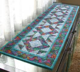 quilted easter egg table runner she says by the