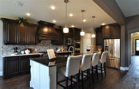 new homes interiors 1000 images about pulte home builders model homes on models transitional style and