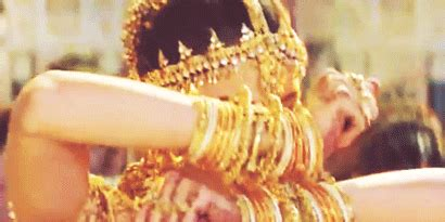 Why We Don?t Do Personalised or Custom Bangles (Explained in Gifs) ? Be. Bangles