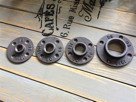 Iron Pipe Floor L by 1 Quot Malleable Iron Pipe Fittings Floor Flange 1 Quot Threaded