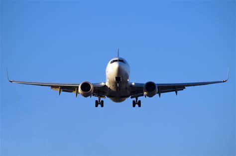 Wanita Hamil 5 Bulan Boleh Naik Pesawat Ibu Hamil 9 Bulan Ternyata Masih Bisa Naik Pesawat Asal