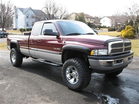 dodge ram pickup 2500 review research new used dodge ram pickup 2500 models dodge rams