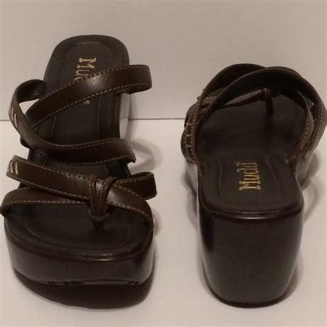 Sandal Wedges Ls08 Hitam 59 34 mudd shoes new 59 mudd wedge platform sandals from angie s closet on poshmark