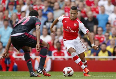 alexis sanchez how many goals for arsenal alexis sanchez makes hotly anticipated arsenal debut in