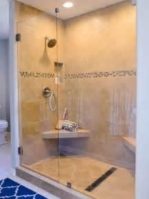 dusche sitzbank ebenerdige dusche in 55 attraktiven modernen badezimmern