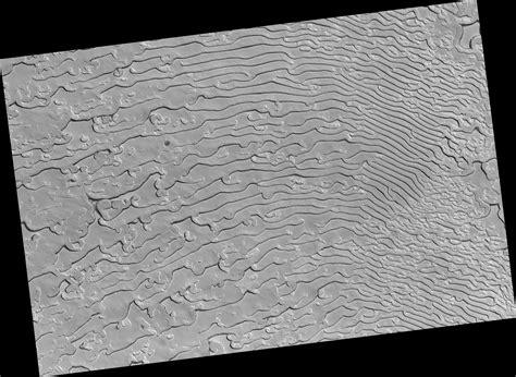sawtooth pattern en espanol hirise fingerprint terrain with sawtooth patterns in the