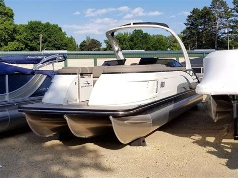 bennington deck boats for sale bennington deck boat boats for sale boats