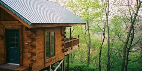 Cliffside Cabin Wisconsin cabins more 8 amazing places to stay in wisconsin the