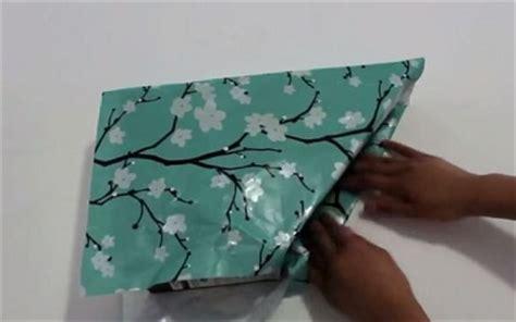 tutorial membuat rak buku unik ide membuat rak majalah atau buku dari karton bekas yang