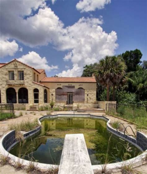 abandoned places florida bin laden s abandoned mansion in florida 12 pics