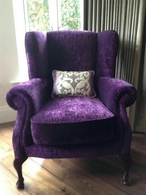 purple velvet chair 25 best ideas about purple chair on big chair craftsman chaise lounge chairs and