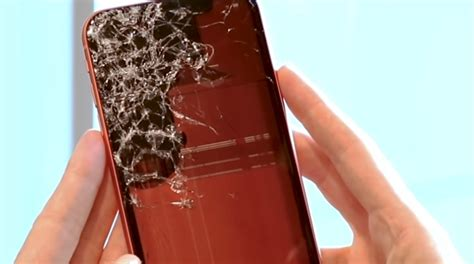 tests show iphone xr screen   durable  iphone xs