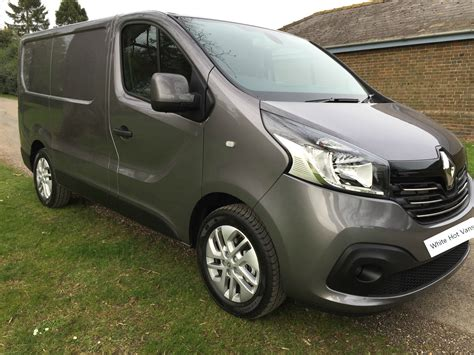 renault grey renault trafic sport for sale lease deals van sales bedford