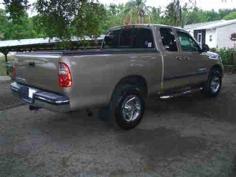toyota tundra truck bed cover find used 2005 toyota tundra pickup truck extended cab w
