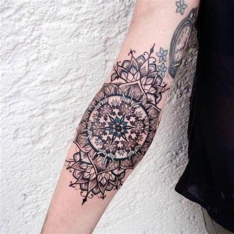 tattoo online erstellen 1001 ideen f 252 r mandala tattoo f 252 r m 228 nner und frauen