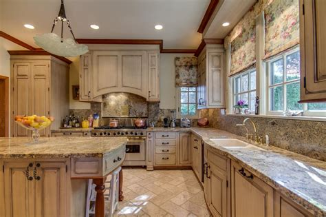 castle kitchen cabinets photo page hgtv