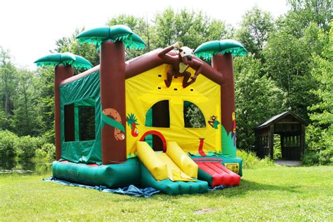 rent a jump house bounce houses village idiotz party rentals