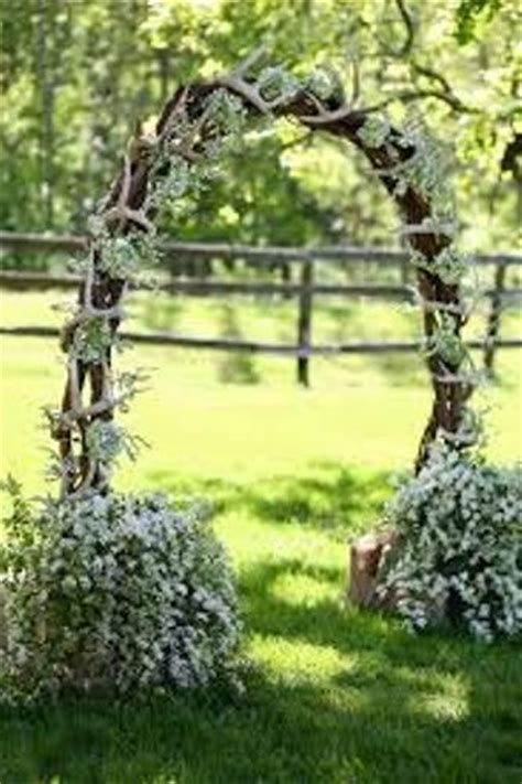Wedding Arch Branches by How To Make A Wedding Arch Out Of Branches 4 Guides