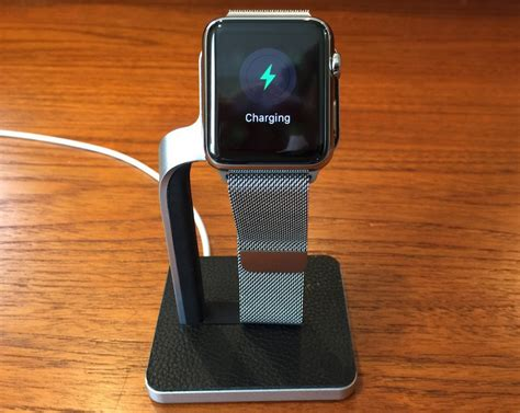 mophie  dock review charge  apple    simple  aluminum  leather stand