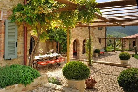 italian backyards pin by parade of gardens com on rome italy tuscan and