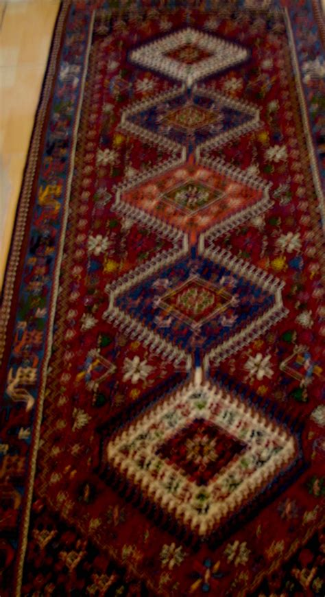 Buy Rugs How To Buy A Rug Bakhtyari Rugs And Poppies Of