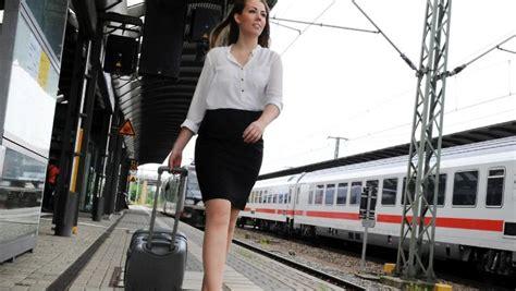 wann beginnt die arbeitszeit unterwegs f 252 r die firma ist reisezeit auch arbeitszeit