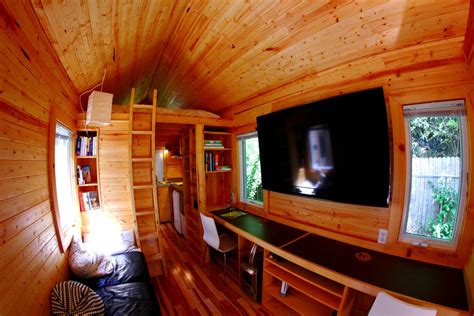 Tiny House Movement by Vagavond Formerly Itty Bitty House Tiny House Tour