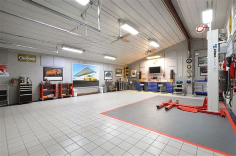 8 car garage carproperty com for the real estate needs of car collectors 8 car garage house close to