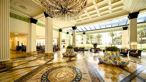 Versace Badezimmer by Top 10 Jaw Dropping Hotel Lobbies