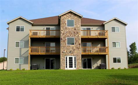 one bedroom apartments in cedar falls iowa kinsale condominiums waterloo ia apartment finder