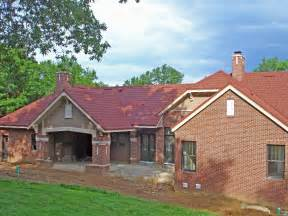 roof color red brick house pictures home decorating ideas