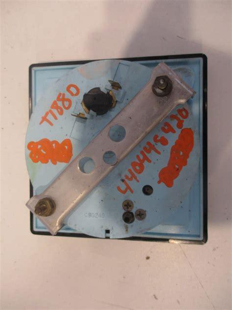 boat gauges square 1980s bayliner capri square speedometer mph gauge faria