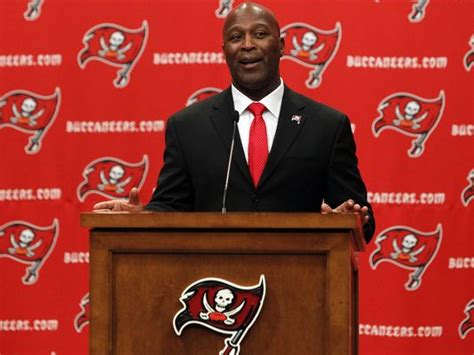 lovie smith to become buccaneers head coach reportsbest montreal revis island on the move again nd sports blog