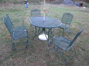 5 pc vintage 1970s wrought iron mesh metal outdoor
