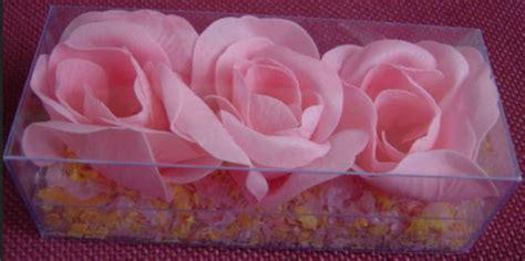 membuat kerajinan bunga  sabun lifebuoy fakta