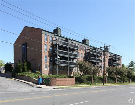 Westwood Appartments by Westwood Apartments Rentals West Hartford Ct