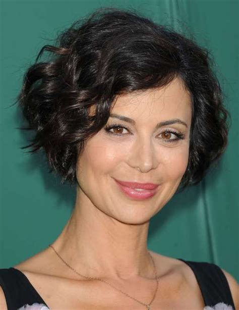 ear length bob wavy 50 most delightful short wavy hairstyles bobs wavy