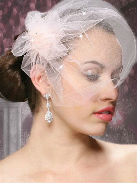 Diy Wedding Hair With Veil by Best 25 Birdcage Veils Ideas On Wedding