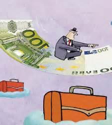 buscador fondos banco santander santander vende cuatro de los seis fondos que m 225 s dinero