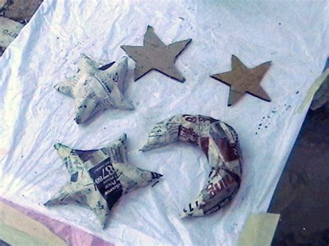 How To Make A Paper Mache Model - paper mache moons and 183 how to make a papier mache