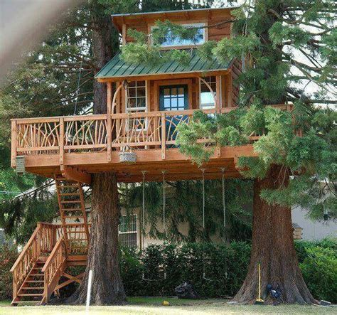 tiny tree house tiny cabin treehouse tiny house pins