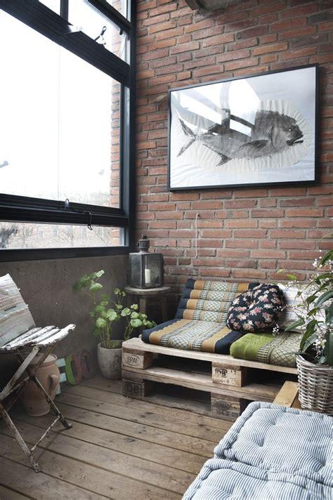 bank balkon houten paletten bank op balkon homease