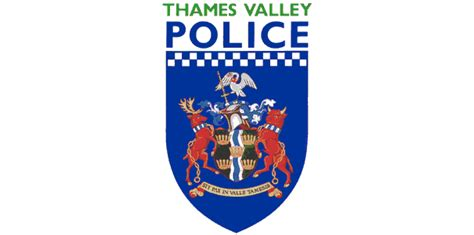 thames valley police thames valley police superintendent gez chiariello suspended